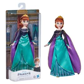 Frozen 2 Fashion Doll Anna Koningin