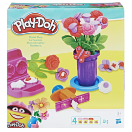 Play-Doh Gardener Role Play