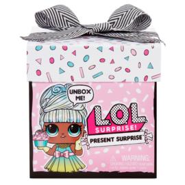 LOL Surprise! Present Surprise
