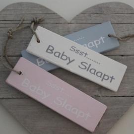 "Houten Label ""Ssst... Baby Slaapt"""