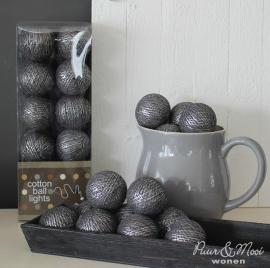 Cotton Ball Lights | Antraciet Zilver | Uitverkocht