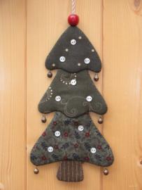 Patroon + materialen hanger 'Kerstboompje' met knoopjes
