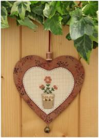 Patroon + materialenpakketje hanger hartje 'Bloemen' roze