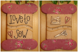 Patroon + materialenpakketje wikkelkaartje 'Love to Sew'