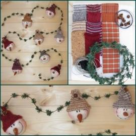 Materialenpakket + patroon primitieve kerstslinger `Snowmen`