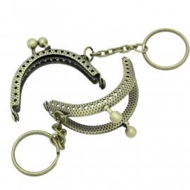 Tasbeugel brons sleutelhanger  5 cm x 4 cm