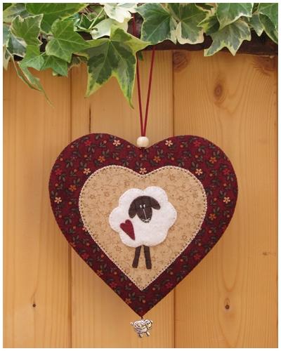 Patroon + materialenpakketje hanger hart 'Schaapje'
