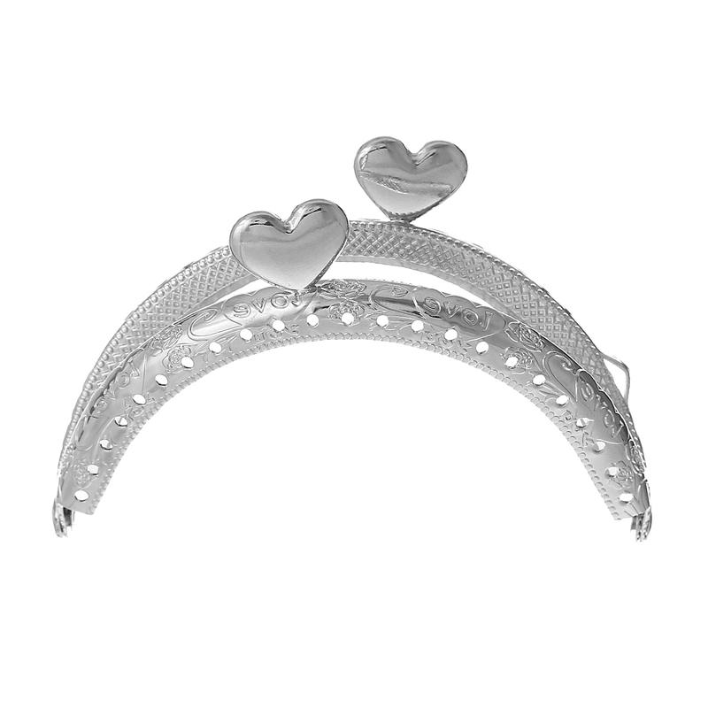 Tasbeugel zilver met hartjessluiting 11 cm x 9 cm