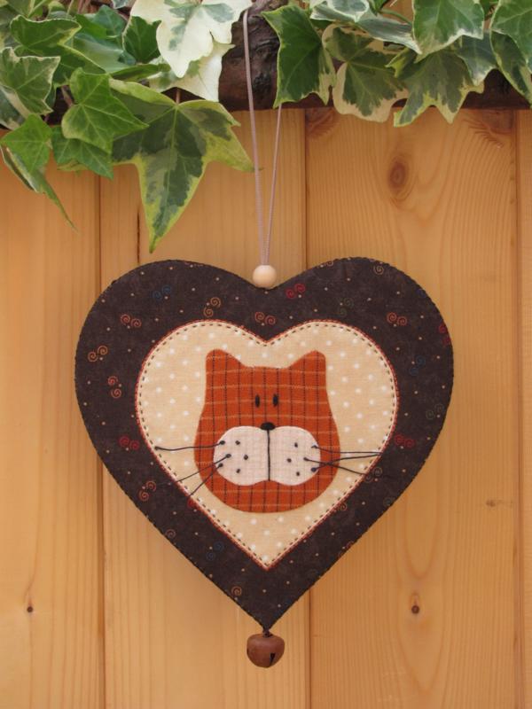 Patroon + materialenpakketje hanger hart 'Kat'