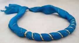 Blauwe haarband