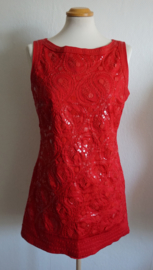 Rood jurkje - Mt. 40