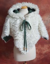 Off-white teddy schoudercape