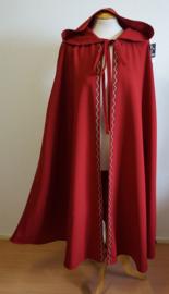 Lange rode cape