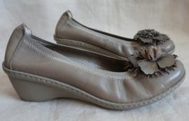 Beige schoenen - Mt. 38