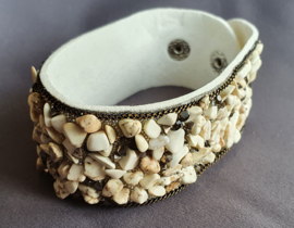 Armband met kiezeltjes - Creme