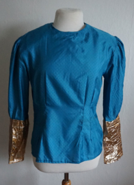 Blouse  1 - Blauwe reliefstof