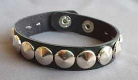 Lederlook armband spikes  - zwart