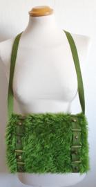 Handmof - Groen nepbont met studjes