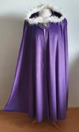 Lila/paarse fluwelen cape met nepbontje