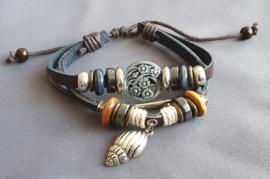 Lederlook armband met schelp