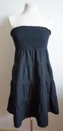 Zwart strapless jurkje - 36