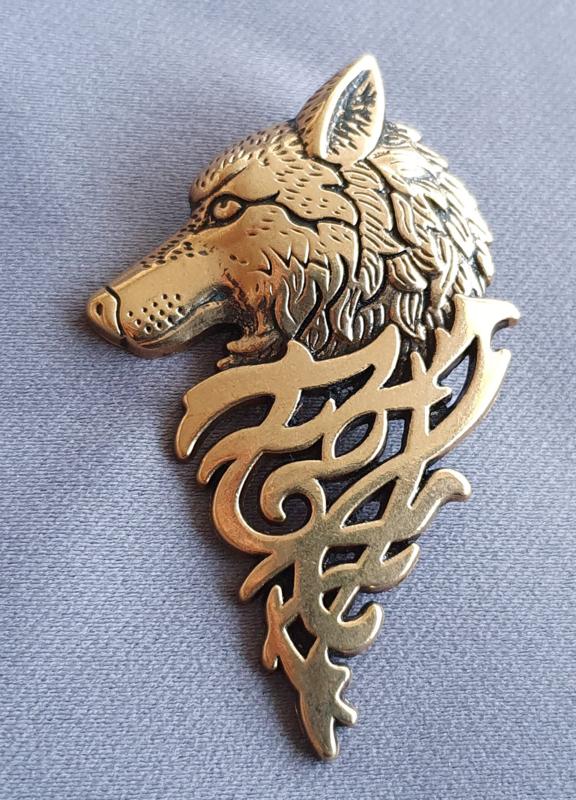 Broche Wolf