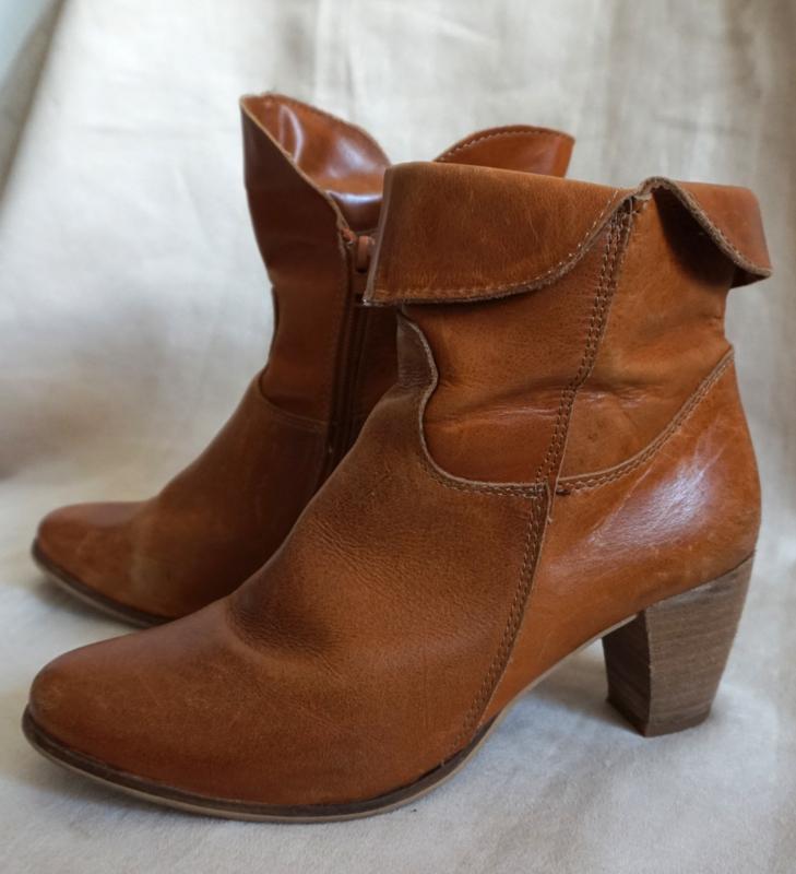 Cognac bruin laarsje Mt. 41   Schoenen Laarzen Vintage