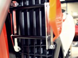 AXP radiator beschermers KTM SX 125 2016-2017 SX 250 2017 EXC 250/300 2017 SX-F 250/350/450 2016-2017 EXC-F 250/350/450/500 2017  Husqvarna  TC 125 2016-2017 TC 250 2017 TE 250/300 2017 FC 250/350/450 2016-2017 FE 250/350/450/501 2017