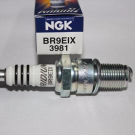 NGK bougie Iridium BR9EIX
