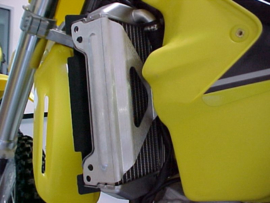 Works Connection Radiator Braces voor de Suzuki RM 125/250 2001-2015