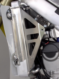 Works Connection Radiator Braces voor de Suzuki RMZ 450 2018