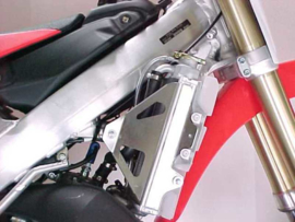 Works Connection Radiator Braces voor de Honda CR 125R 2005-2007