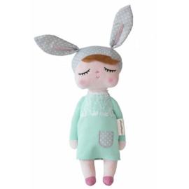 little rabbit doll groen