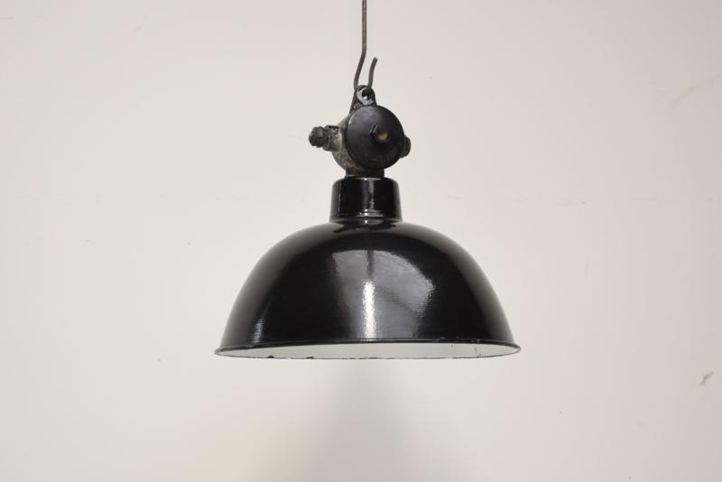 bauhaus lamp nr'9