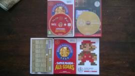 Super Mario All-Stars met muziek CD  history boekje (wii used game)