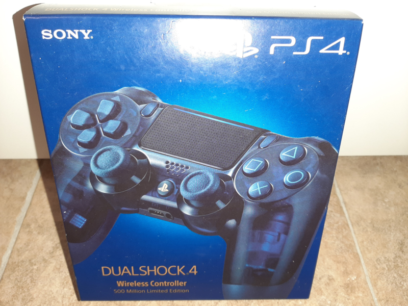 Dual Shock Wireless Controller 500 million Limited Edition (ps4 nieuw)
