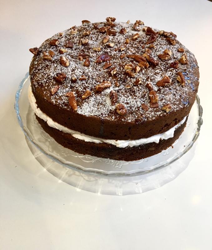 Banaan-pecan-kokos cake (groot)