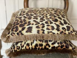 Luipaard print kussen met franje