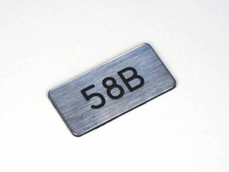 Nummerplaat 40x20 Chroom/Zwart, gegraveerd (webart018)