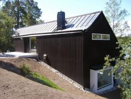 Modern huis in mat zwart