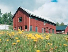 Moderne architectuur in Zweeds rood