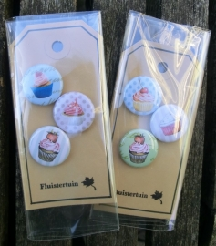 Buttons Vintage Cupcakes