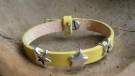 024 Leren armband met sterren - geel