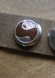 109 Clickbutton Brownway