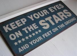 em1940 Metalen bord - Keep your eyes on ...