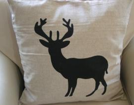 cc44 Kussenhoes Deer