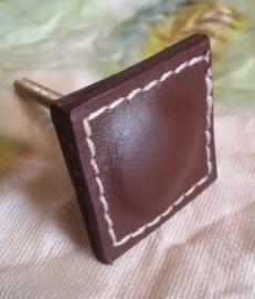 Kastknop Leather - bruin