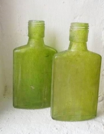 Glazen flesje - groen