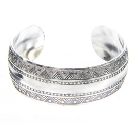 Bohemian Bangle - breed
