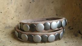 014D Wikkel armband Studs -naturel